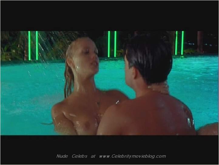 :: Babylon X ::Elizabeth Berkley gallery @ Celebsking.com nude and naked ...