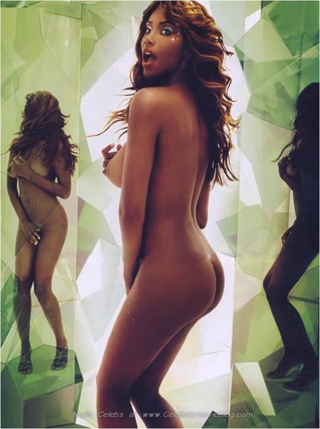 Naked Celebrities Uncensored