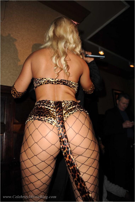 Nicole Austin - nude celebrity toons @ Sinful Comics Free Access!