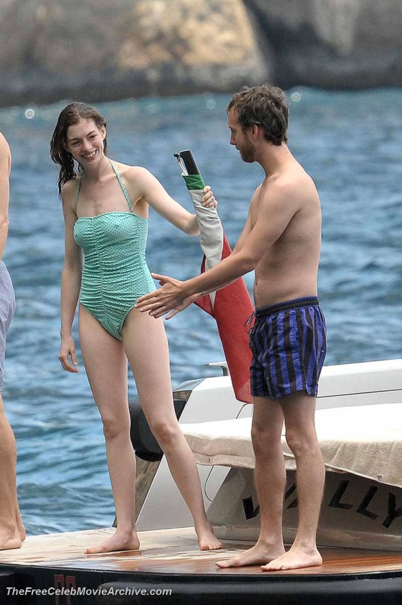 from Baylor anne hathaway fully nude